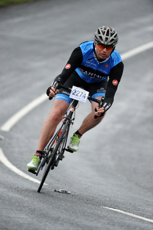 Chris-on-bike-training-for-sportive